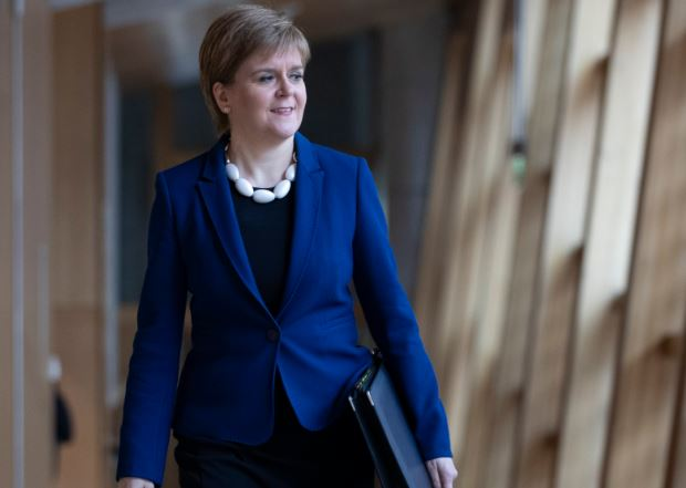 Nicola Sturgeon will 'fully co-operate' with Alex Salmond misconduct allegations probe