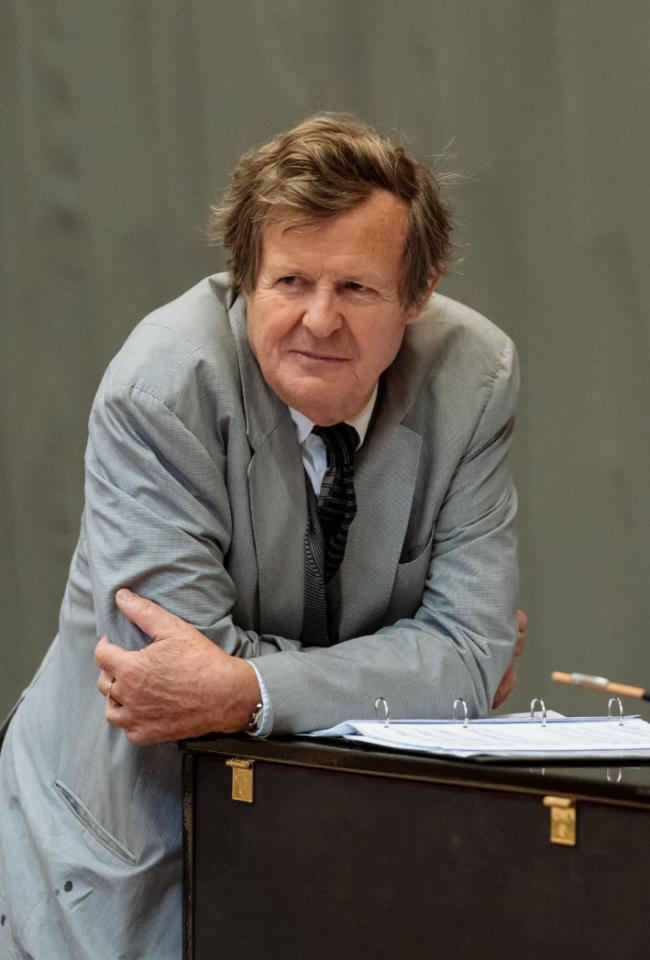 David Hare in rehearsals for Peter Gynt, presented by Edinburgh International Festival and the National Theatre of Great Britain. Image (c) Manuel Harlan