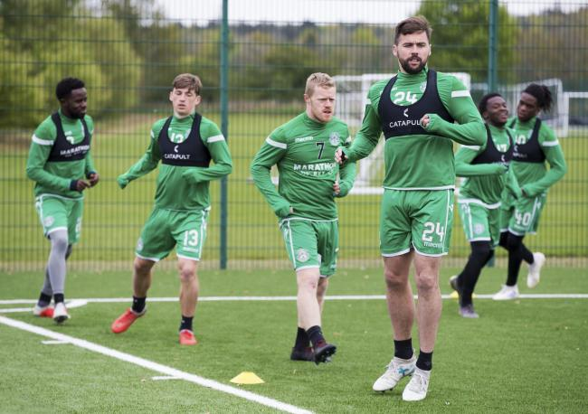 Darren McGregor (right) in training
