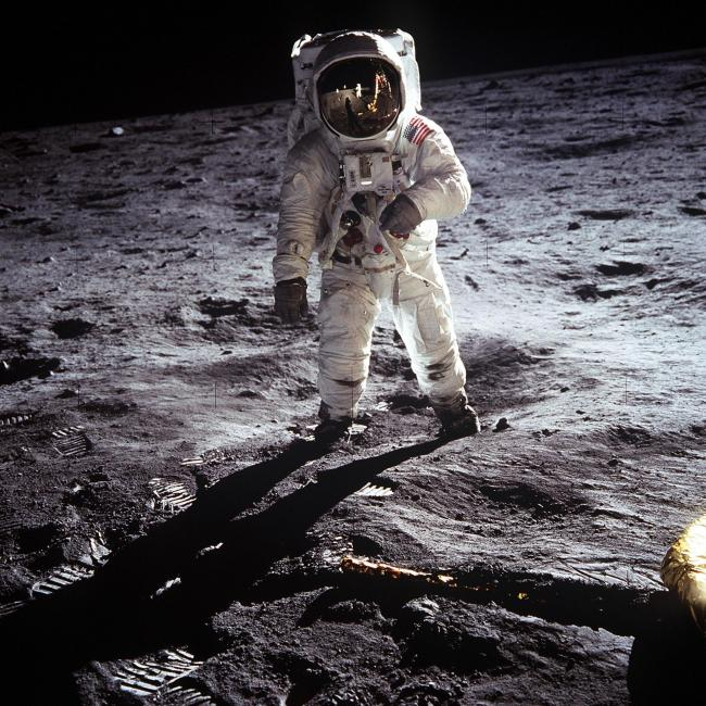 zz Aldrin walking on the nMoon