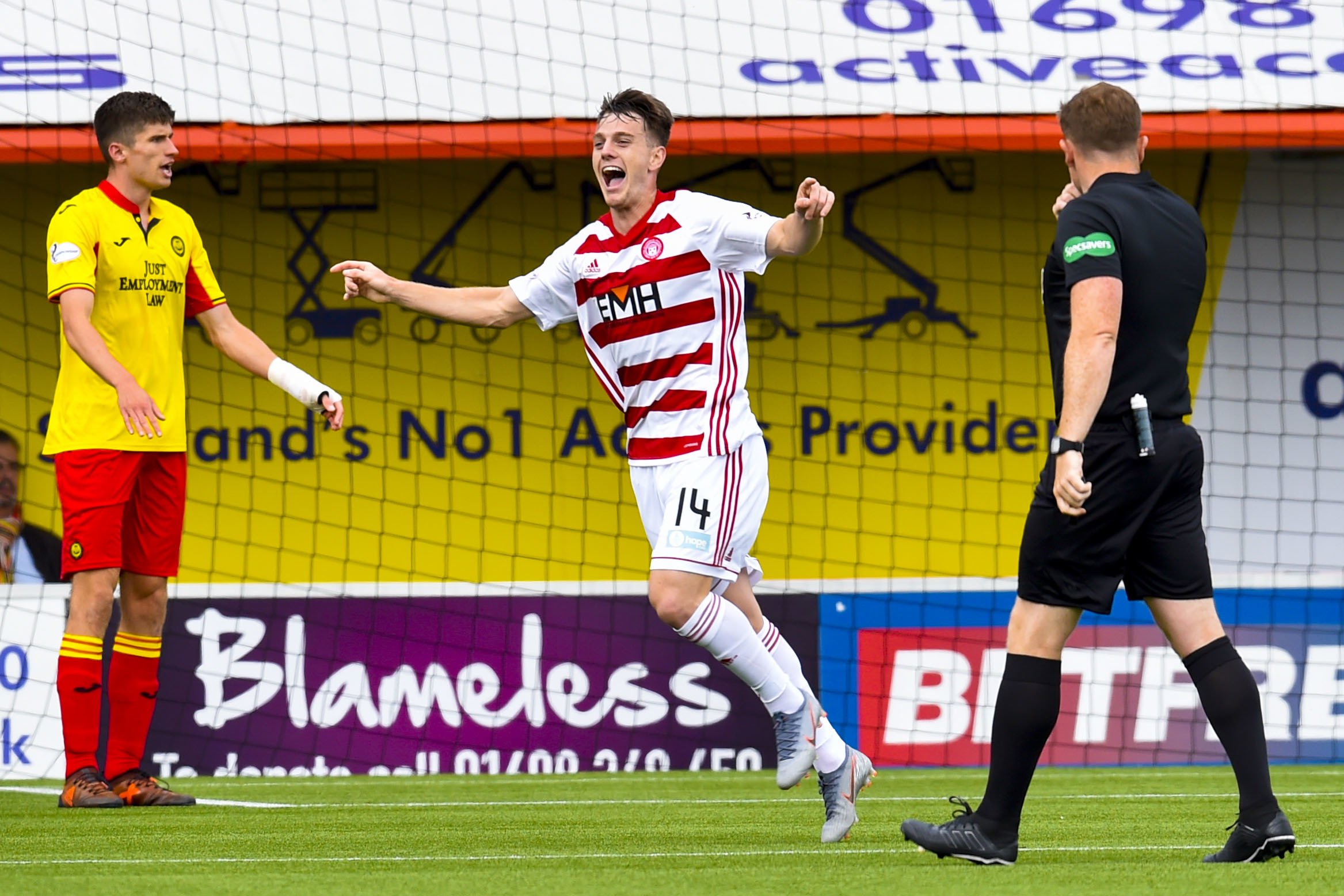 Cunningham at the double as Accies claim bonus point