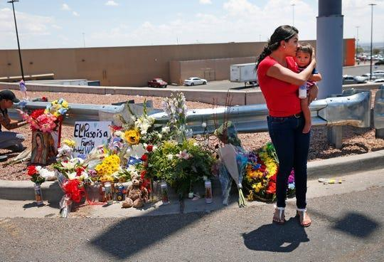 Tributes to the victims of the El Paso shooting