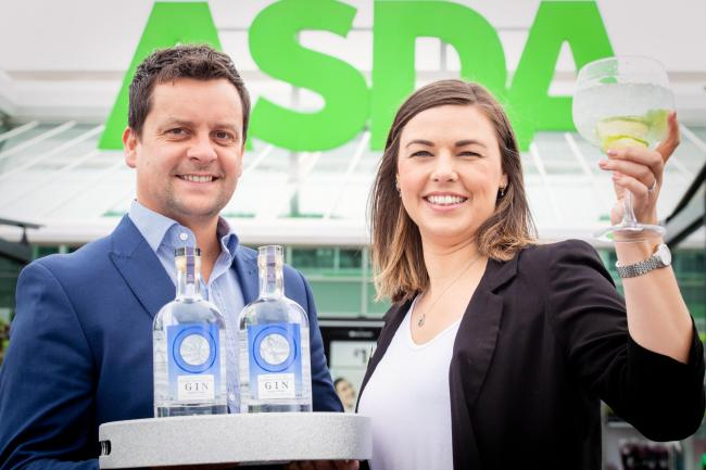 Asda award Local supply contract for Chain Pier Distillery to produce Extra Special Scottish Gin.Pictured Heather Turnbull, Regional Buying Manager, Scotland Local John Foster, National Account Manager, Halewood International, Chain Pier Distillery