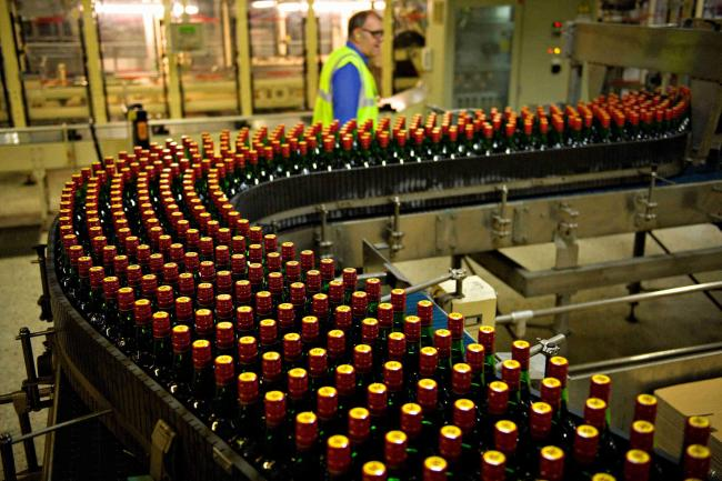Coronavirus in Scotland: Diageo workers call for shutdown