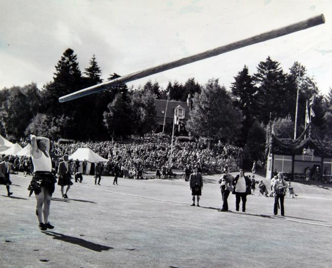 Braemar Highland Gathering.Bill Anderson tossing the caber.Sept 1973.Newsquest Media Group.