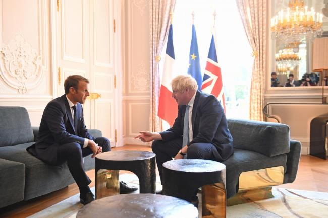 Indispensable: Macron tells Johnson he will not allow Brexit to undermine European project; the backstop stays