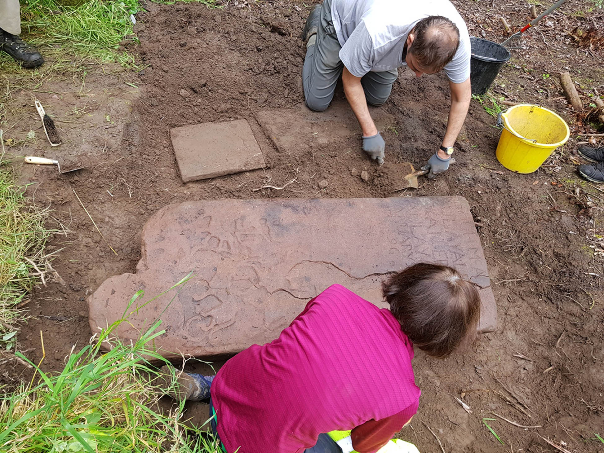 'Once in a lifetime' Pictish stone found in Highlands