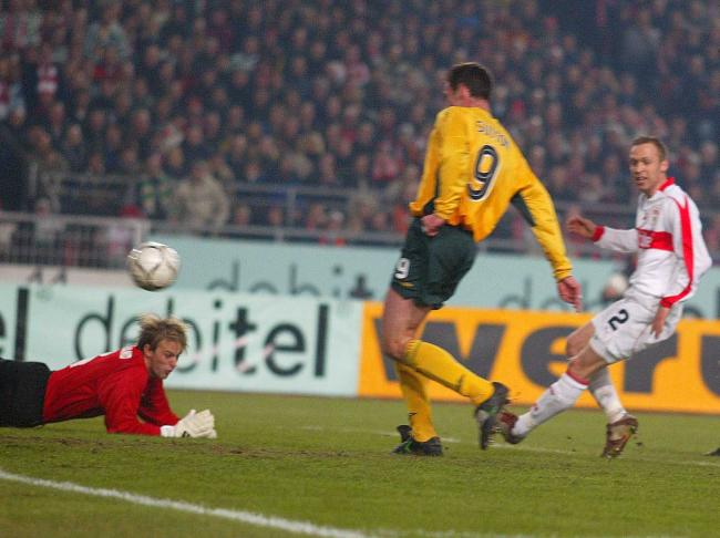 Chris Sutton scores against Stuttgart in the last 16 of the 2003 UEFA Cup