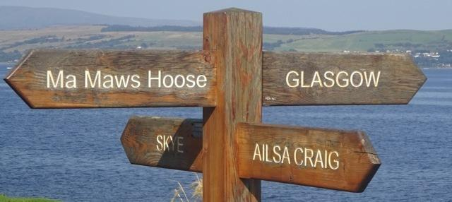 Norrie Christie spots this astonishingly specific, yet also unhelpful, signpost near Dunoon.