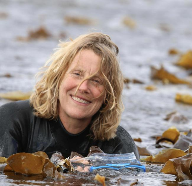 Lottie Goodlet, seaweed artist from the Isle of Jura.