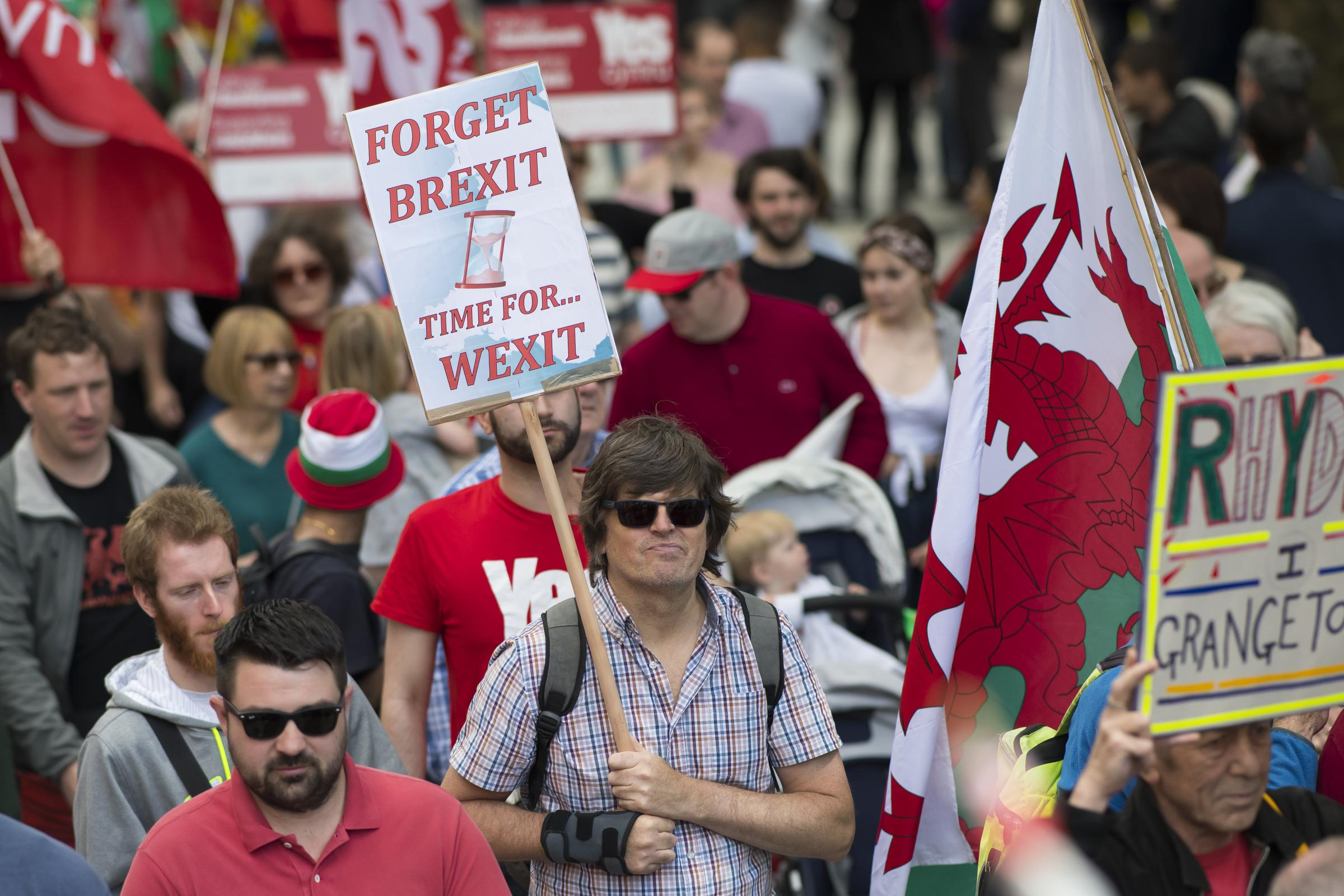 Support for Welsh independence reaches 'historic high'