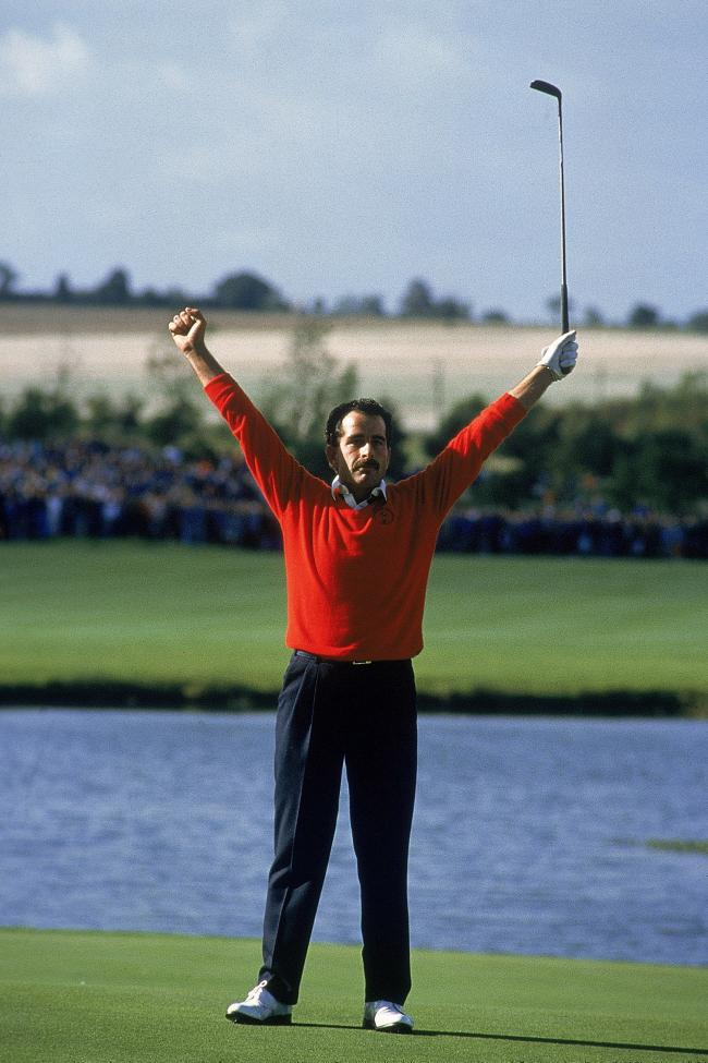 Sam Torrance celebrates winning the 1985 Ryder Cup for Europe