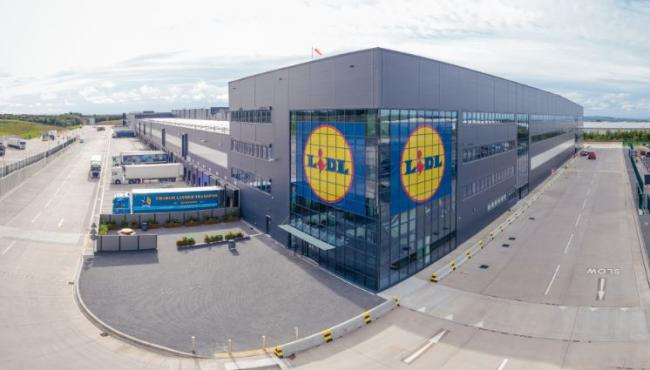 Lidl opens new £70m distribution centre in Motherwell