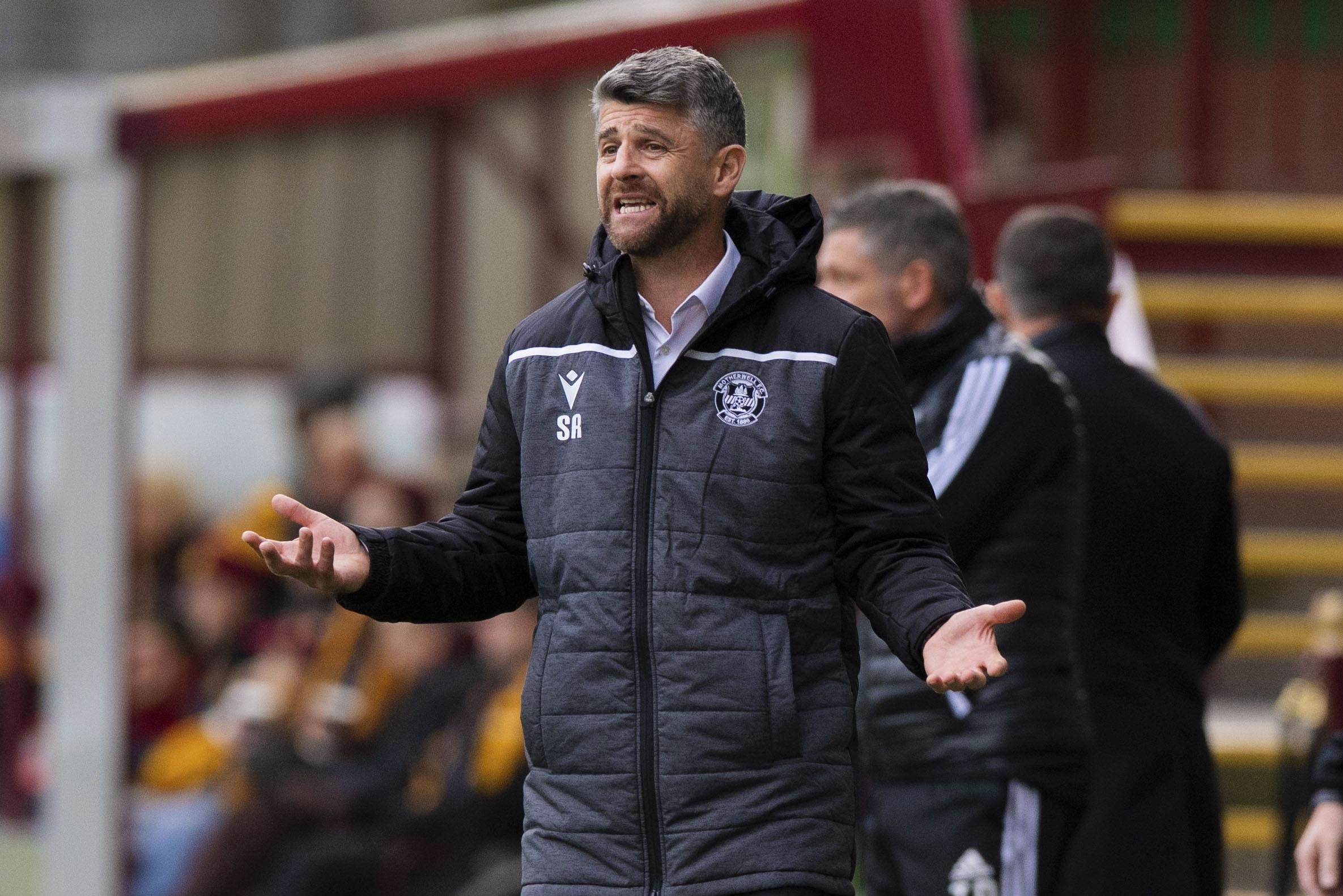Motherwell stave off 10-man Kilmarnock to jump up to third in Ladbrokes Premiership
