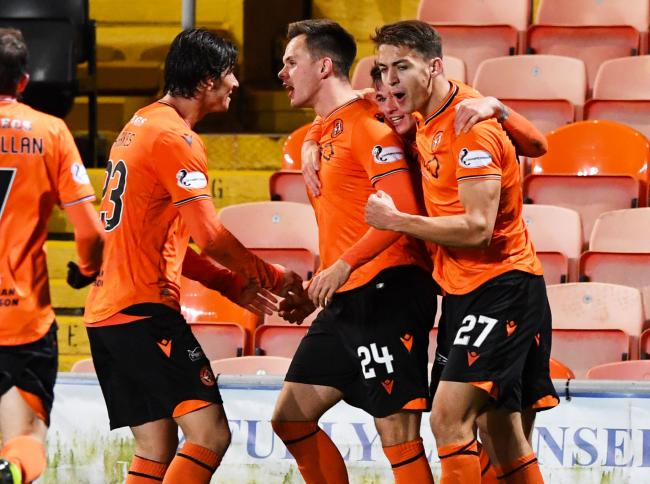 Lawrence Shankland is good enough to net 50 goals this season, claims Dundee Utd teammate Appere