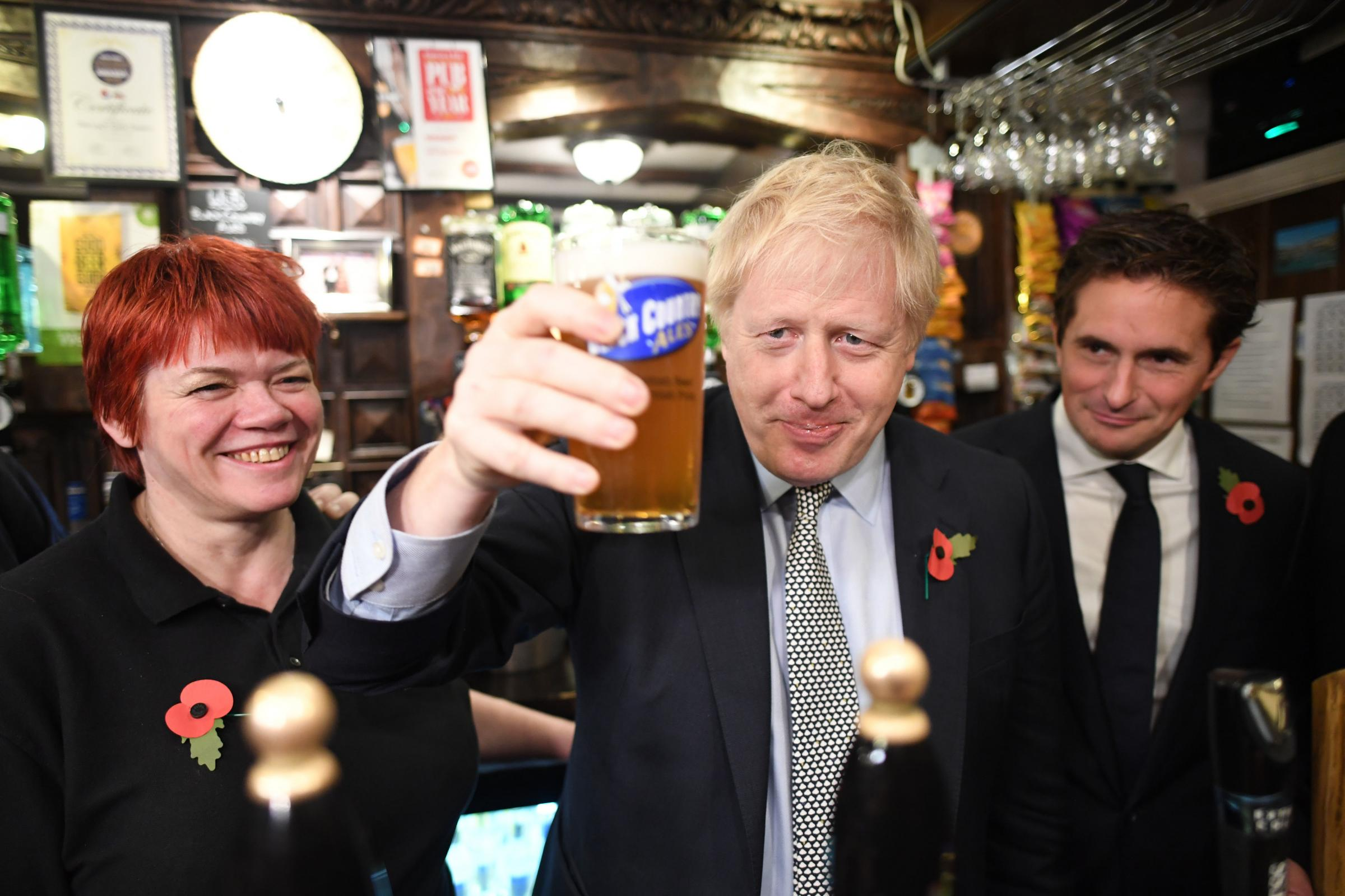 Nigel Farage hands Boris Johnson election boost as Brexit Party concentrates campaign fire on Labour