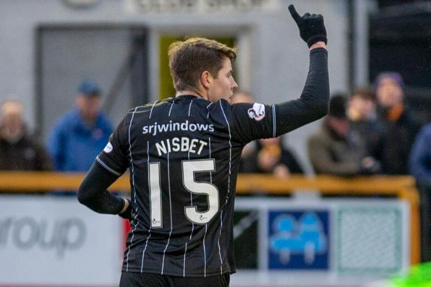 Hibs poised to sign Dunfermline's Kevin Nisbet ahead of Dundee United for six-figure sum