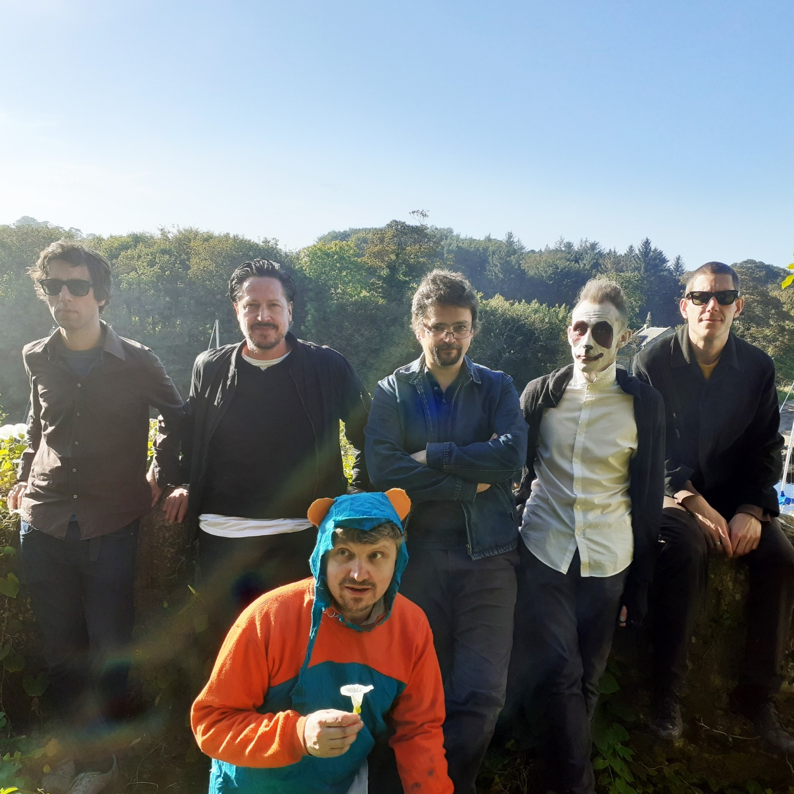 Paul Vickers and The Leg: 'Listening to Replicants stuff, it sounds like evil Coldplay, now I'm more like Shirley Bassey'