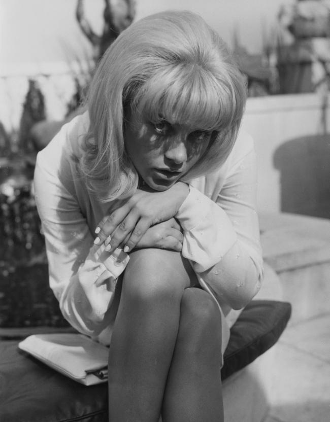 Sue Lyon, pictured at a reception in her honour at the Dorchester Hotel in London in September 1962. Photo by Keystone/Hulton Archive/Getty Images)