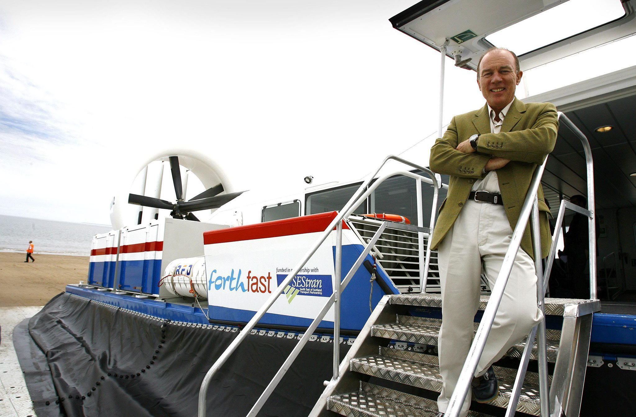 We need a network of fast ferries between Edinburgh, Lothians and Fife