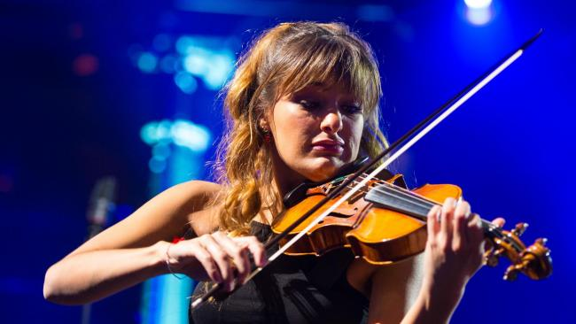 Scottish violinist Nicola Benedetti 'honoured' to win Grammy