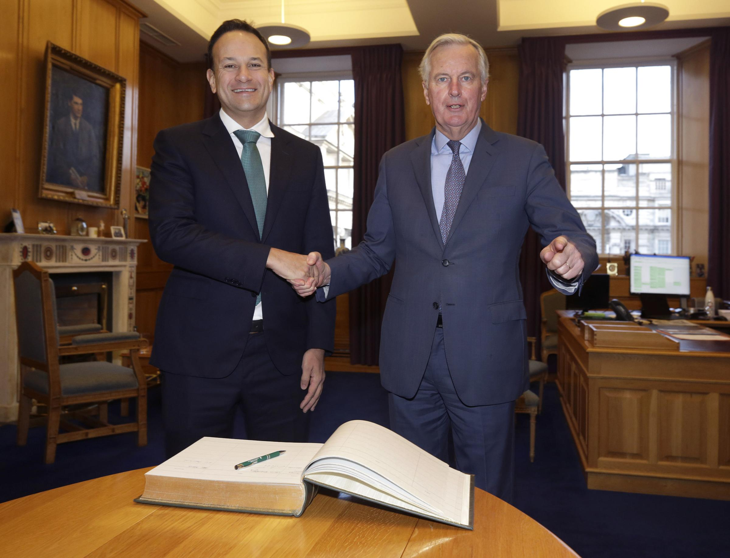No 10 rejects Leo Varadkar 'trade-off' between access to UK fishing waters and post-Brexit deal on financial services