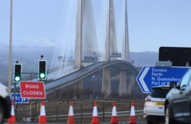 Farce Road Bridge:  Shut Queensferry Crossing has sensors that cannot detect ice