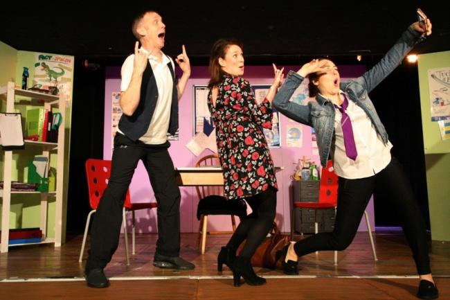 Simon Donaldson, Jo Freer, Michele Gallagher in When the Penny Drops