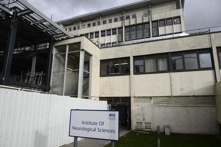 Mould found in showers at Glasgow brain unit as inspectors say 'poor state' of building is hygiene risk