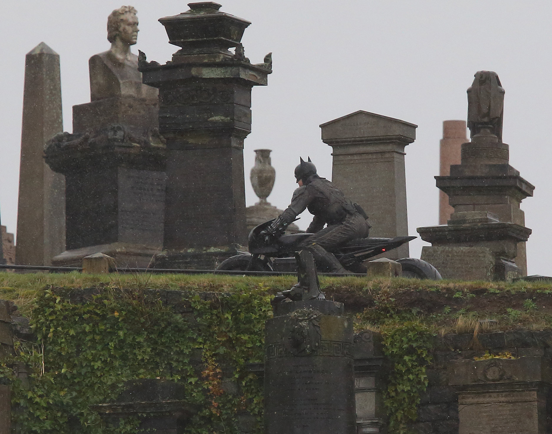 The Batman: New pictures shows second day of filming in Glasgow