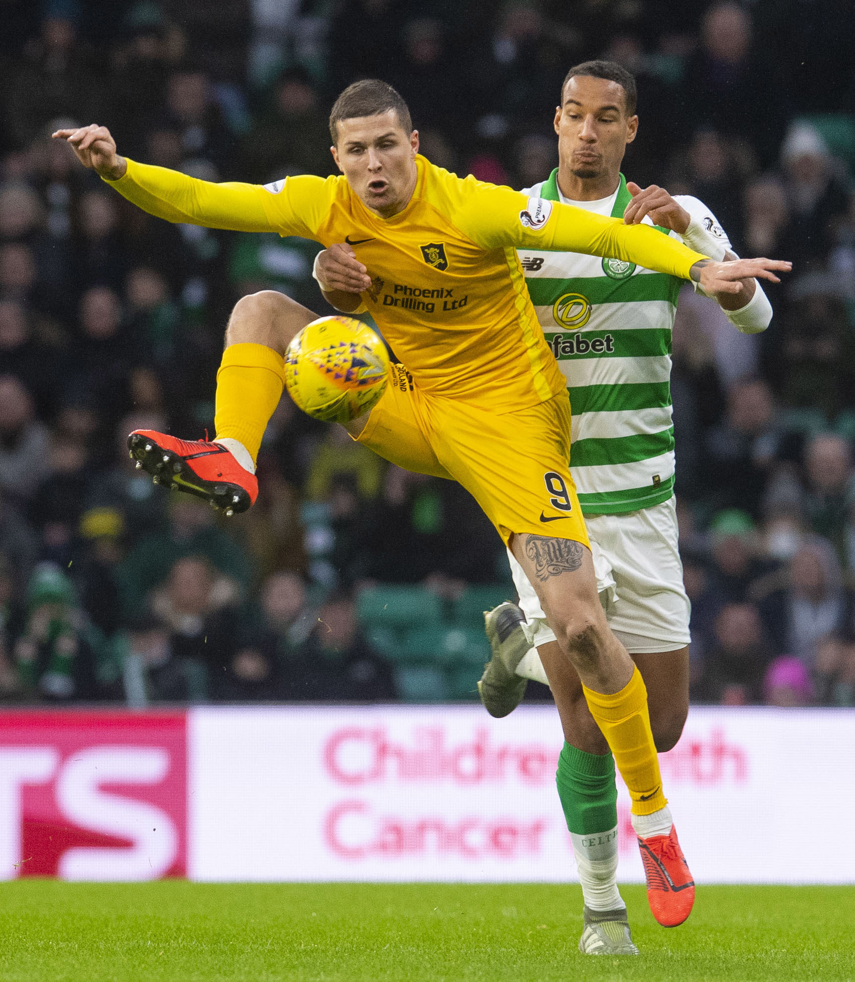 Gary Holt claims Lyndon Dykes deserves Socceroos call-up after Australia watch Livingston striker