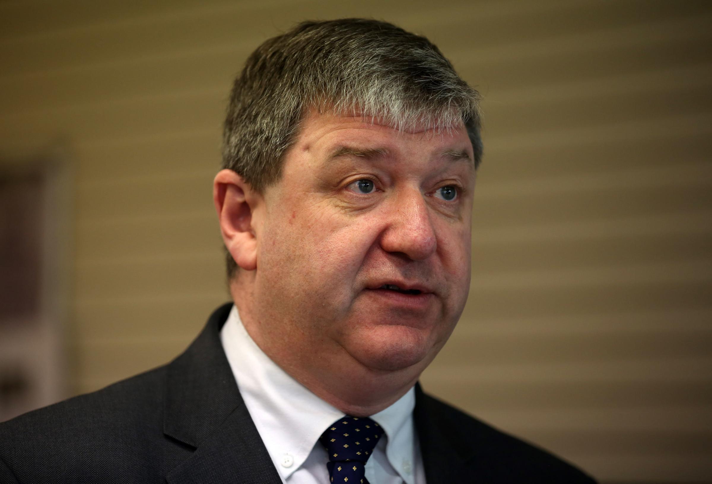 Sturgeon 'harus mengutamakan kepentingan nasional dan membatalkan rencana Indyref2'