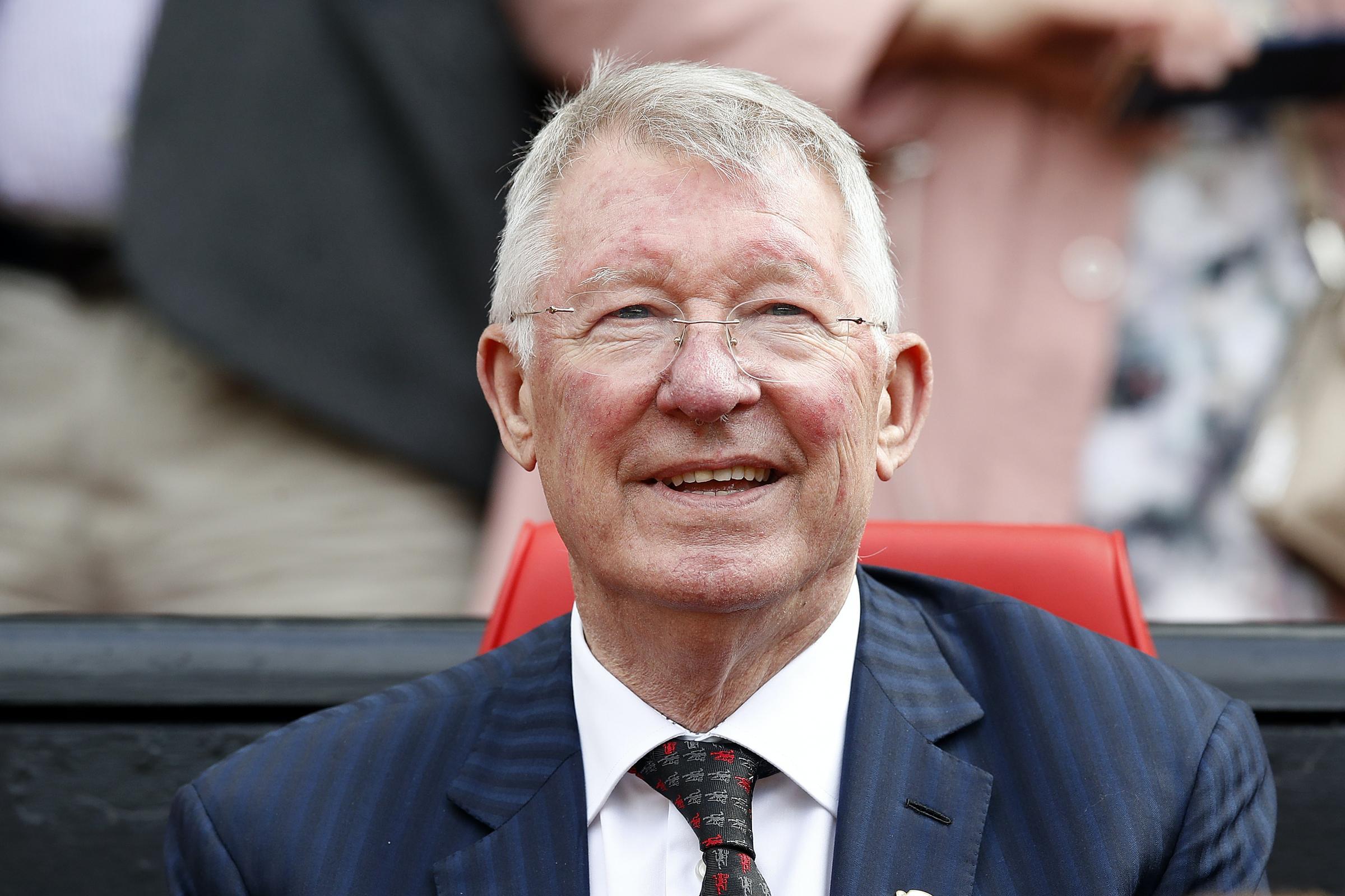 Ex-Manchester United boss Sir Alex Ferguson honoured with  Aberdeen stadium statue