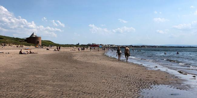 Prestwick Shore today which recorded a temperature of 30.8C. (Credit: @IanMWelsh)