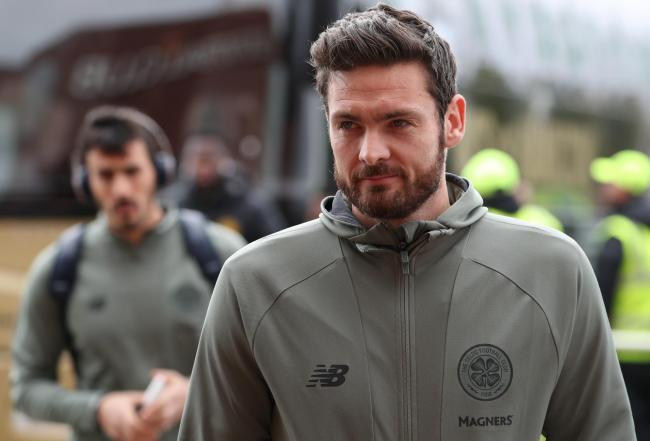 Hearts confirm Craig Gordon signature following Celtic exit