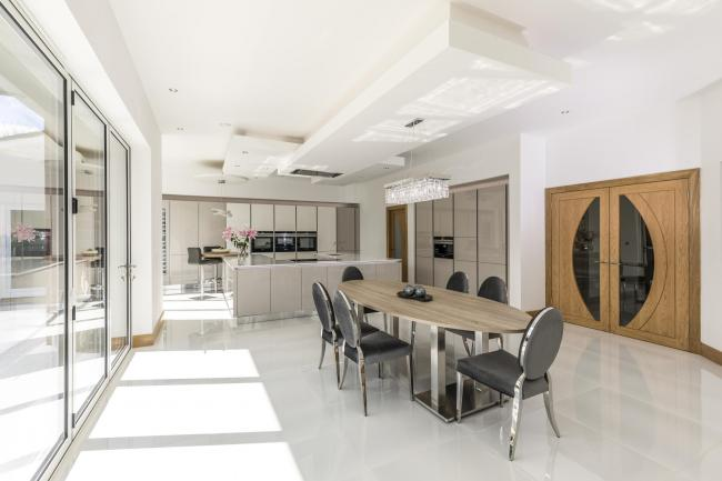 Silver Birch Interiors, based in a purpose-built, state of the art showroom in Hamilton, designs, supplies and installs highly personalised kitchens in a range of classic, contemporary and modern styles.