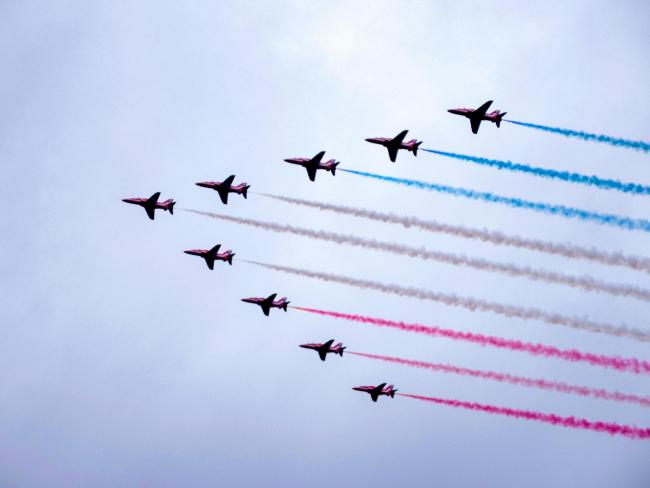 Red Arrows flight path: Here is when and where you can see the VJ Day flypast in Scotland today
