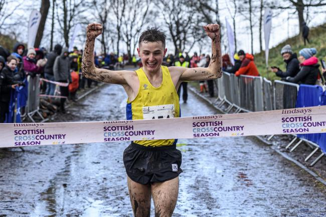 Crow in action at the Falkirk XC Photo: Bobby Gavin