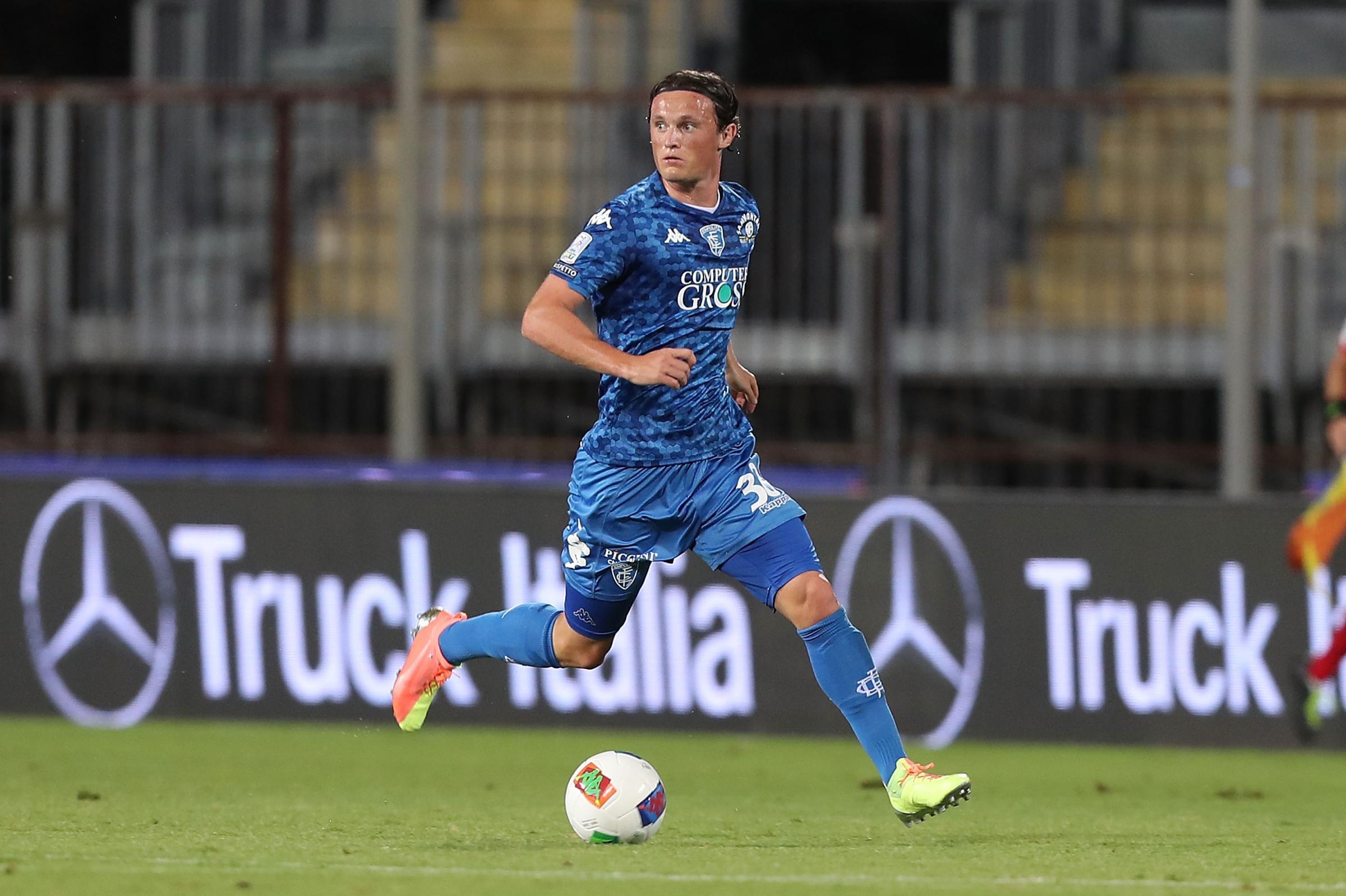 Former Celtic midifelder Liam Henderson closes in on Lecce move