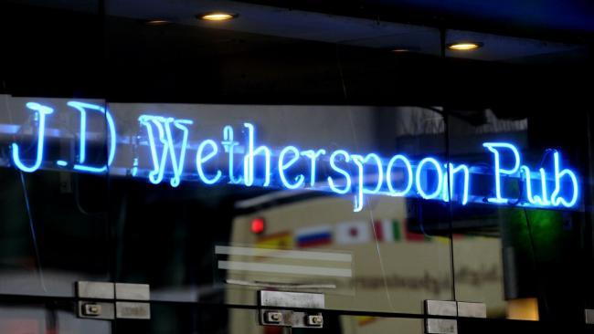 Wetherspoon set to axe up to 450 airport pub jobs