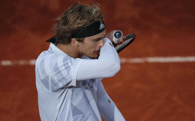 Alexander Zverev says he should not have played