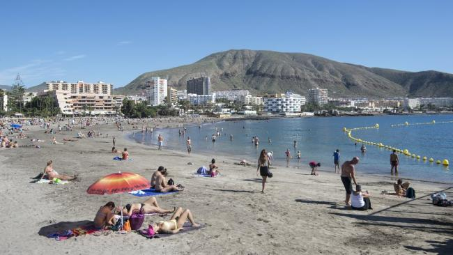 'People want a holiday': Holidaymakers flock to Canary Islands following travel quarantine update