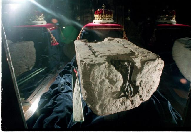 Stone of Destiny to be relocated to Perth