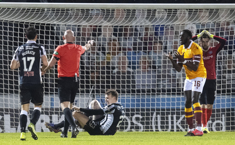 St Mirren 1-1 Motherwell: Alexander settles for point on Premiership debut