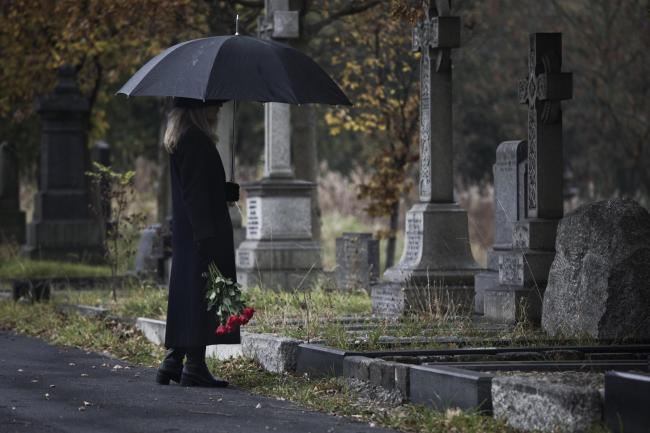 Bereaved people find different ways to cope