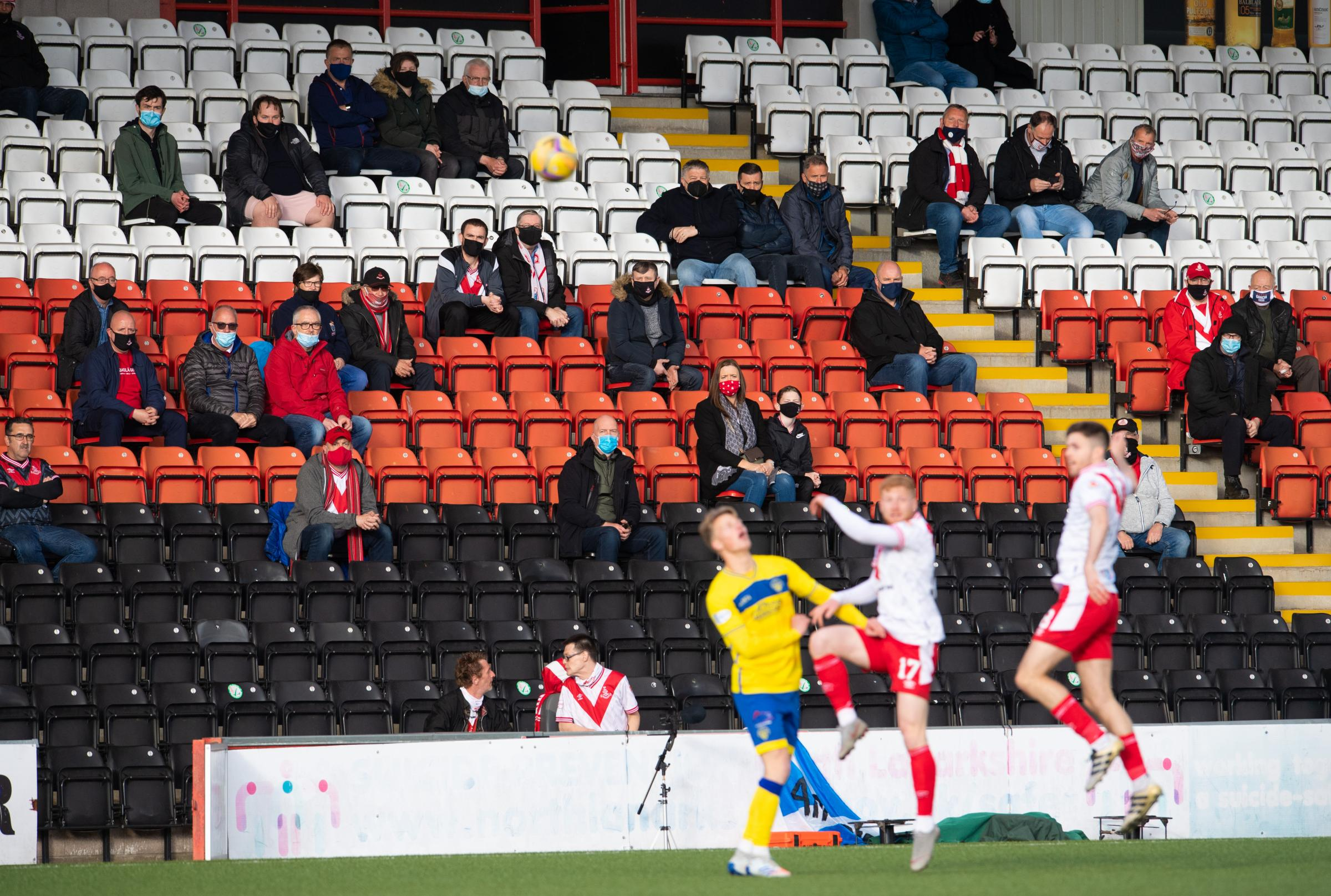 Airdrie 0-1 Morton: Late drama gives guests Championship edge on a night for the fans