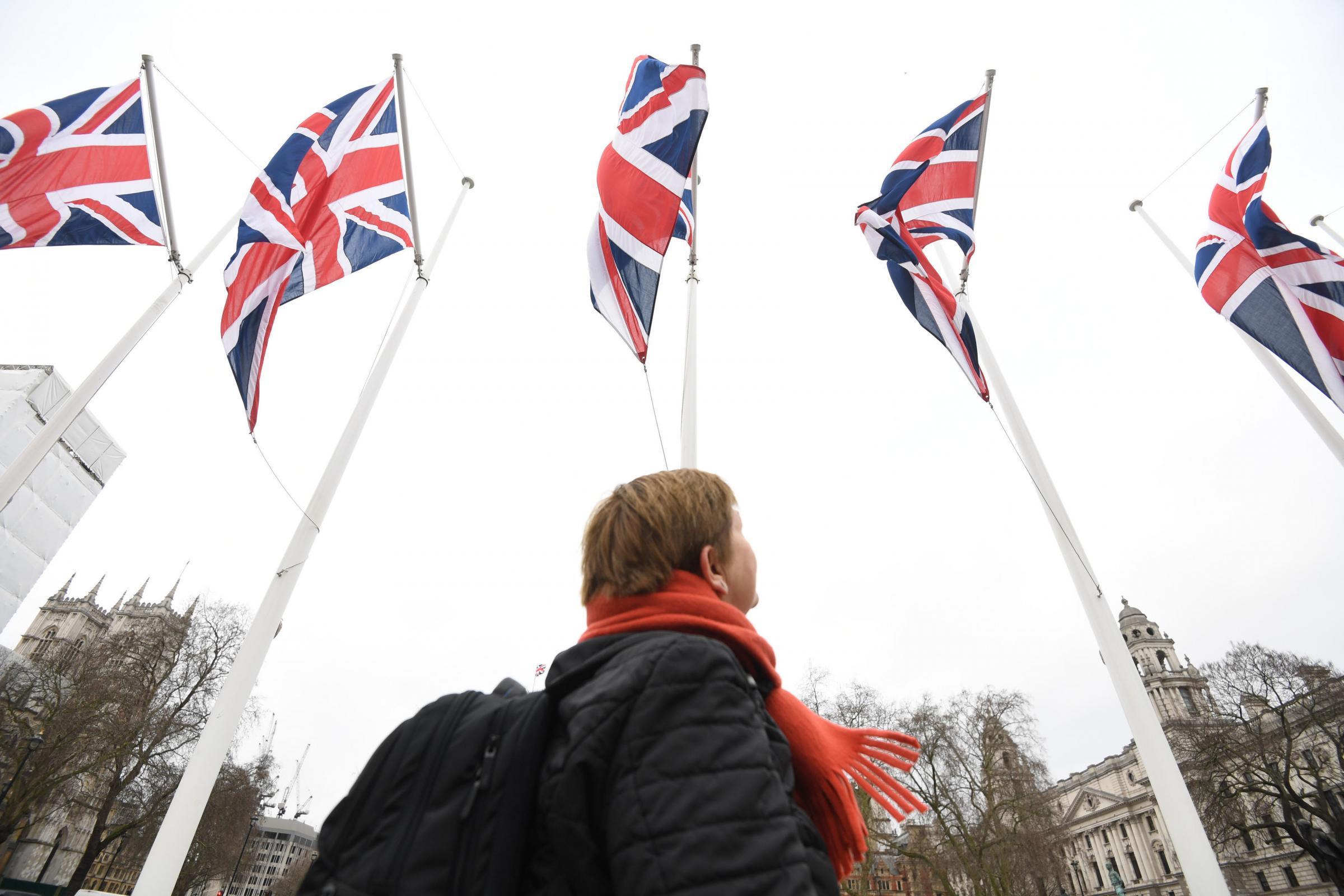 Cartas: Los pasos que un estado del Reino Unido en dificultades debe tomar como prioridad