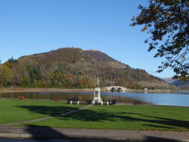 HeraldScotland: The watchtower hill of Dun na Cuaiche from the waterfront, Inveraray. Picture: Ken MacTaggart