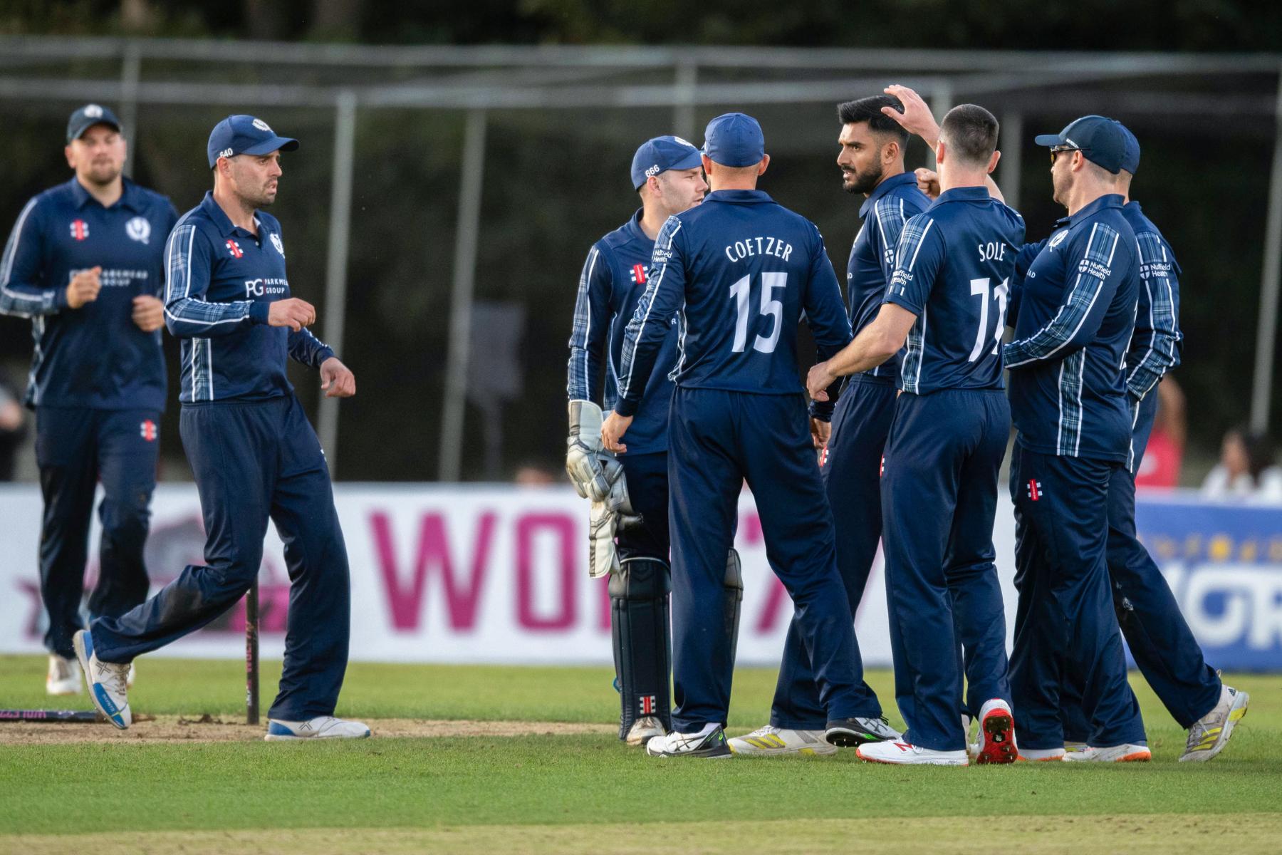 Escocia colocó el marcador de la Copa del Mundo T20 con la victoria de Papúa Nueva Guinea