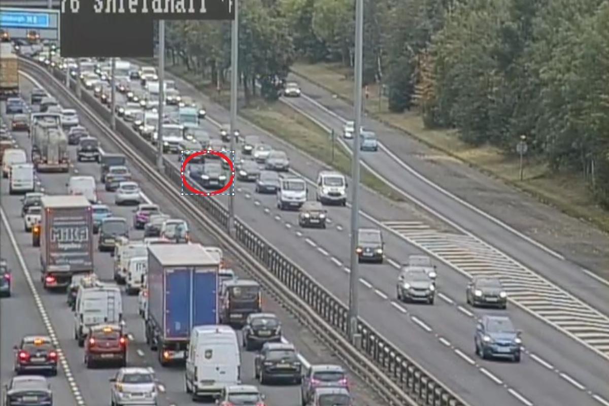 M8: Accidente en hora punta cerca del túnel Clyde en Glasgow paraliza el tráfico